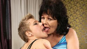 Hot blonde babe doing her older lesbian friend